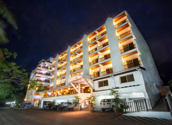 By night - Calypso Hotel and Spa, Toamasina